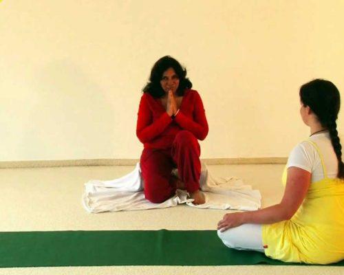 Small Yoga Practice for Women Healthy Hormones – Satyananda Style