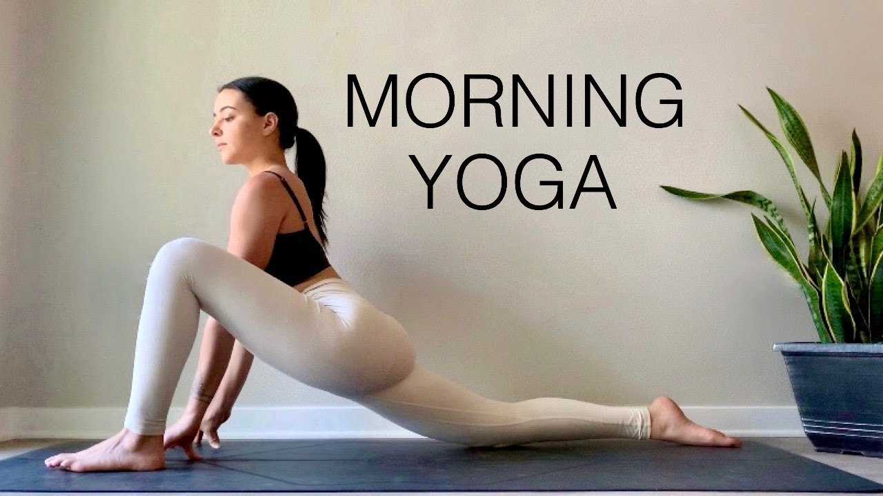 20 Minute Morning Yoga Flow | Daily Yoga Routine - Stretch + Strengthen